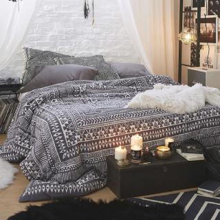 bedroom_square