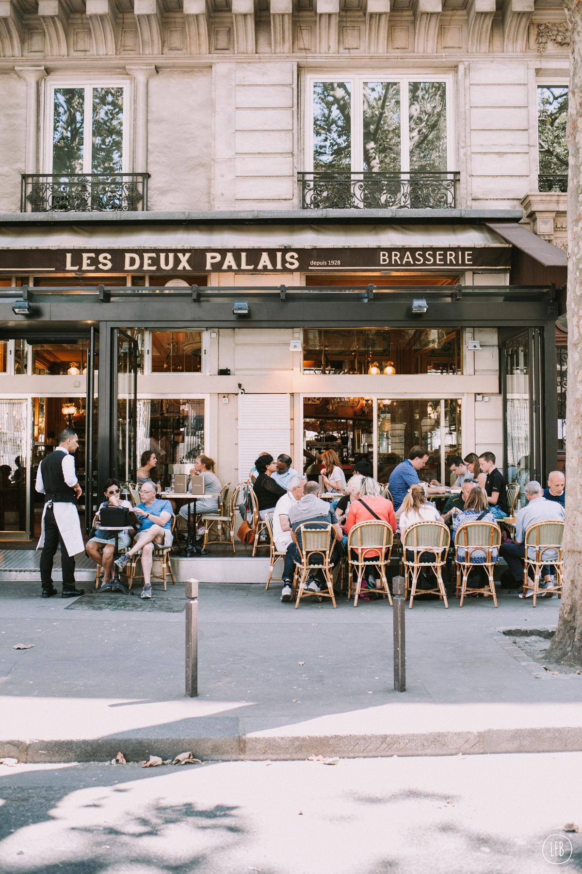 Streets of Paris - photography: Rae Tashman - lovefromberlin.net